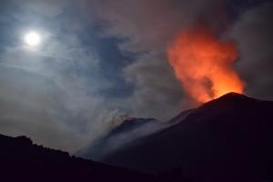 Foto etna vulcano crateri Eruzione