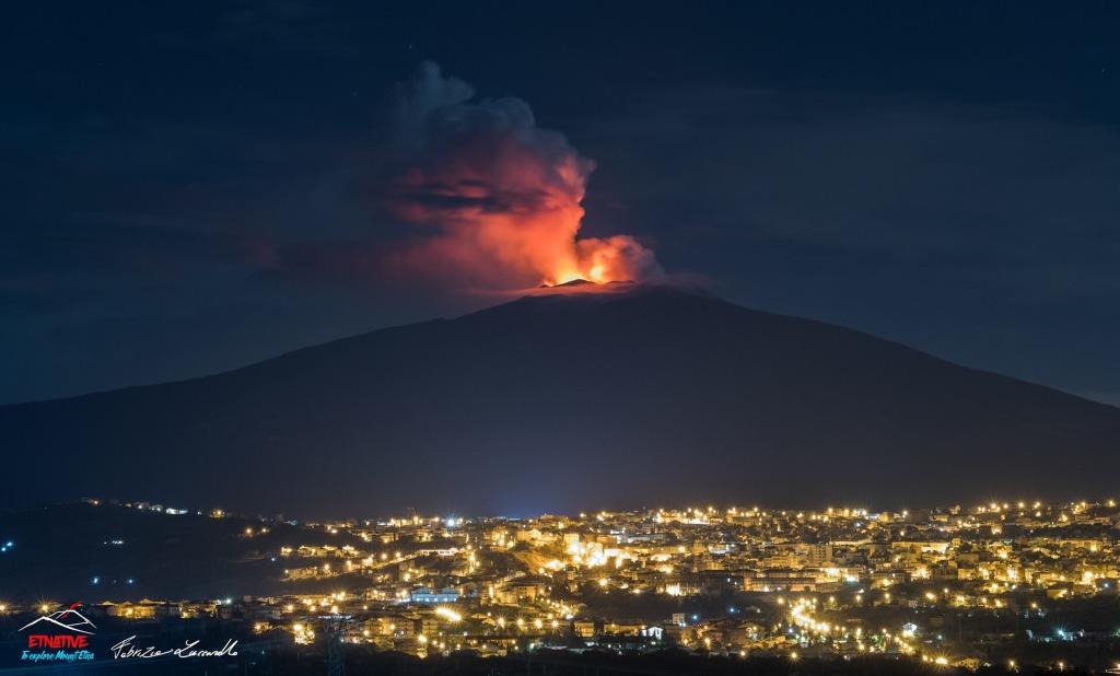Foto eruzione Etna da Bronte
