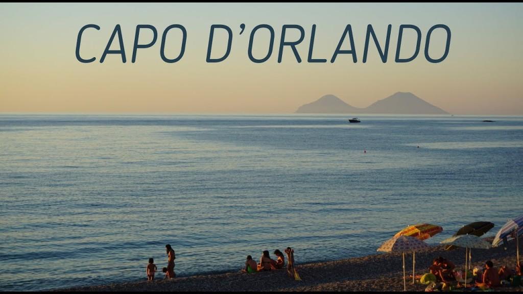 Spiaggia Capo d'Orlando e isole Eolie sullo sfondo
