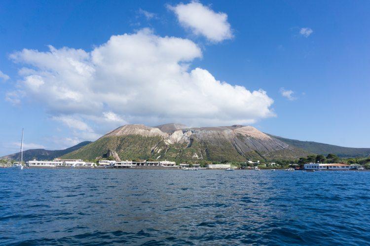 Vulcano isole Eolie vista mare